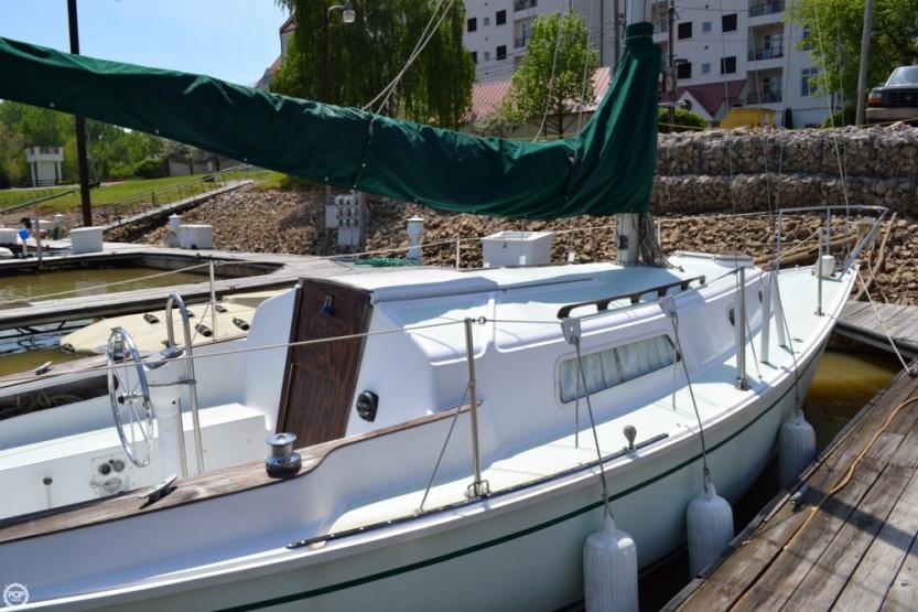 Pearson 30 sailboat in Louisville, Kentucky-USA