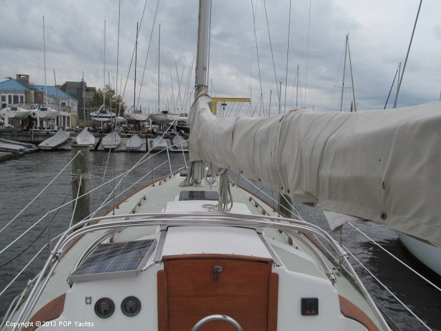 Pearson 35 sailboat in Edgewater, Maryland-USA