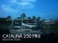 2010 Catalina         25