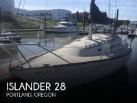 1976 Islander         28