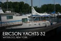 Ericson Yachts 32 sailboat in Waterloo, New-York-USA