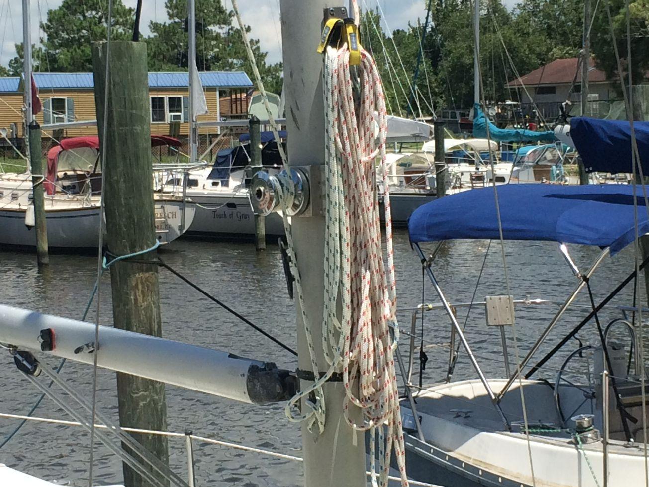 Pearson P-30 sailboat in Oriental, North-Carolina-USA
