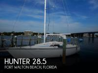 Hunter 28.5 Sloop sailboat in Fort Walton Beach, Florida, U.S.A