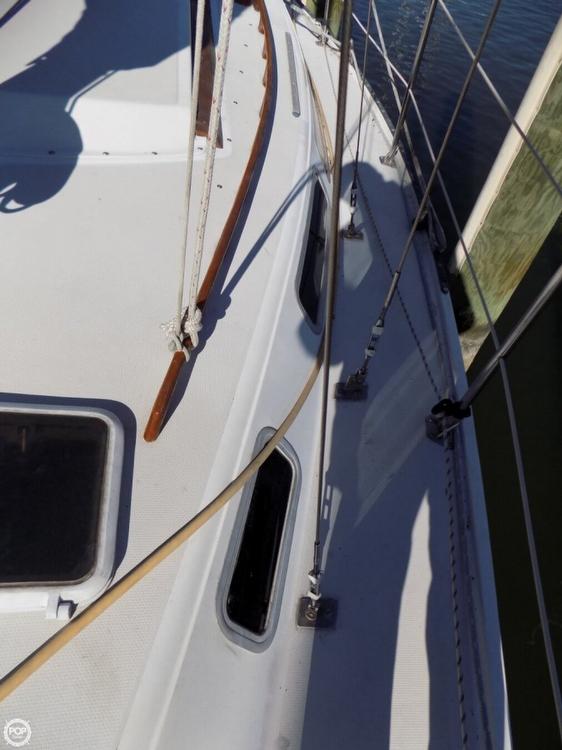 Catalina 30 Tall Rig sailboat in Annapolis, Maryland-USA