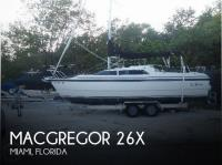 MacGregor 25 sailboat in Miami, Florida, U.S.A