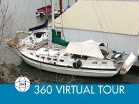 Bruce Roberts Spray 36 sailboat in Willamette River, Oregon, U.S.A