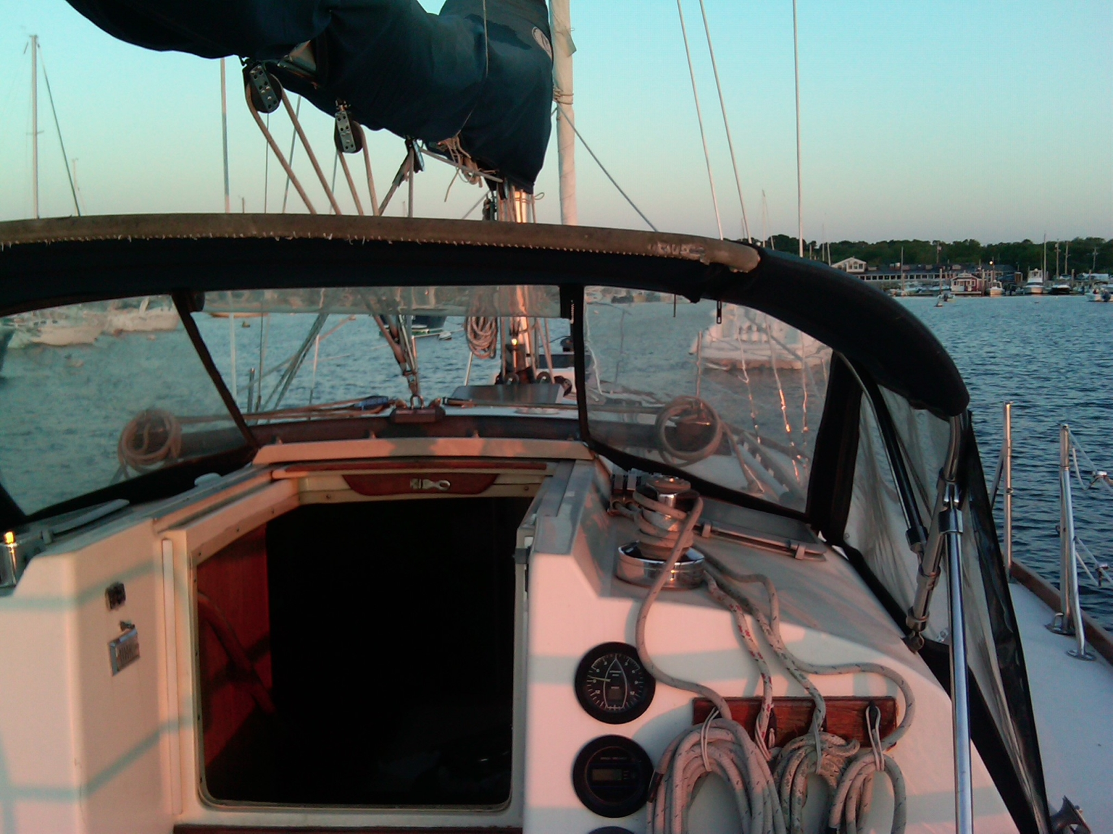 Pearson Pearson 39 sailboat in , Massachusetts-USA